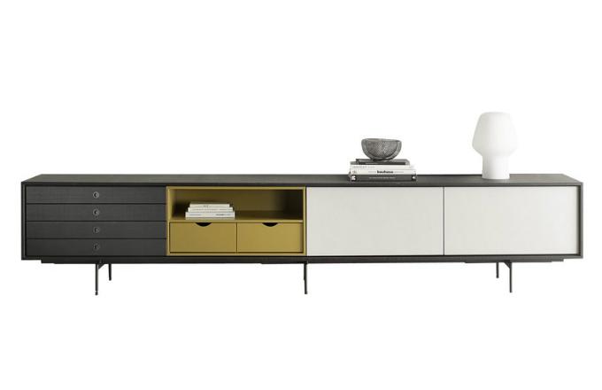 Komoda jako sofistikovaný úložný nábytek