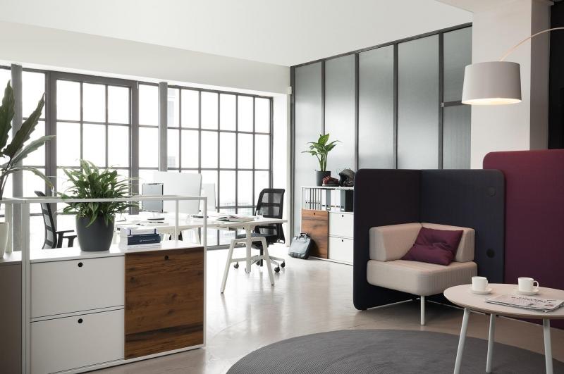 modern byt po i te si do pracovny po dnou klec. Black Bedroom Furniture Sets. Home Design Ideas