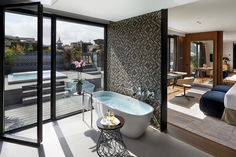 Modern byt hotel mandarin oriental v barcelon for Hotel design barcelone