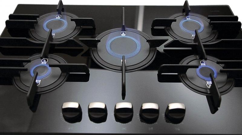 Modern byt varn desky indukce versus plyn for Direct flame
