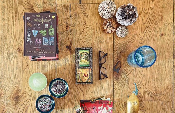 Dřevěná podlaha do kuchyně i obývacího pokoje