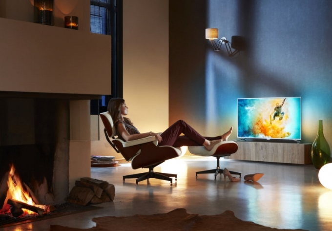 Model 55PUS6501 – ultratenký 4K LED Android TVTM, s funkcí Ambilight2 s technologií Pixel Precise Ultra HD, úhlopříčka 139 cm, Philips TV, doporučená maloobchodní cena 29 999 Kč, www.philips.cz
