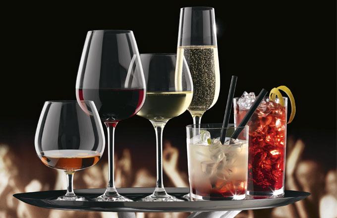 Z jaké sklenice pít víno, sekt nebo drink?